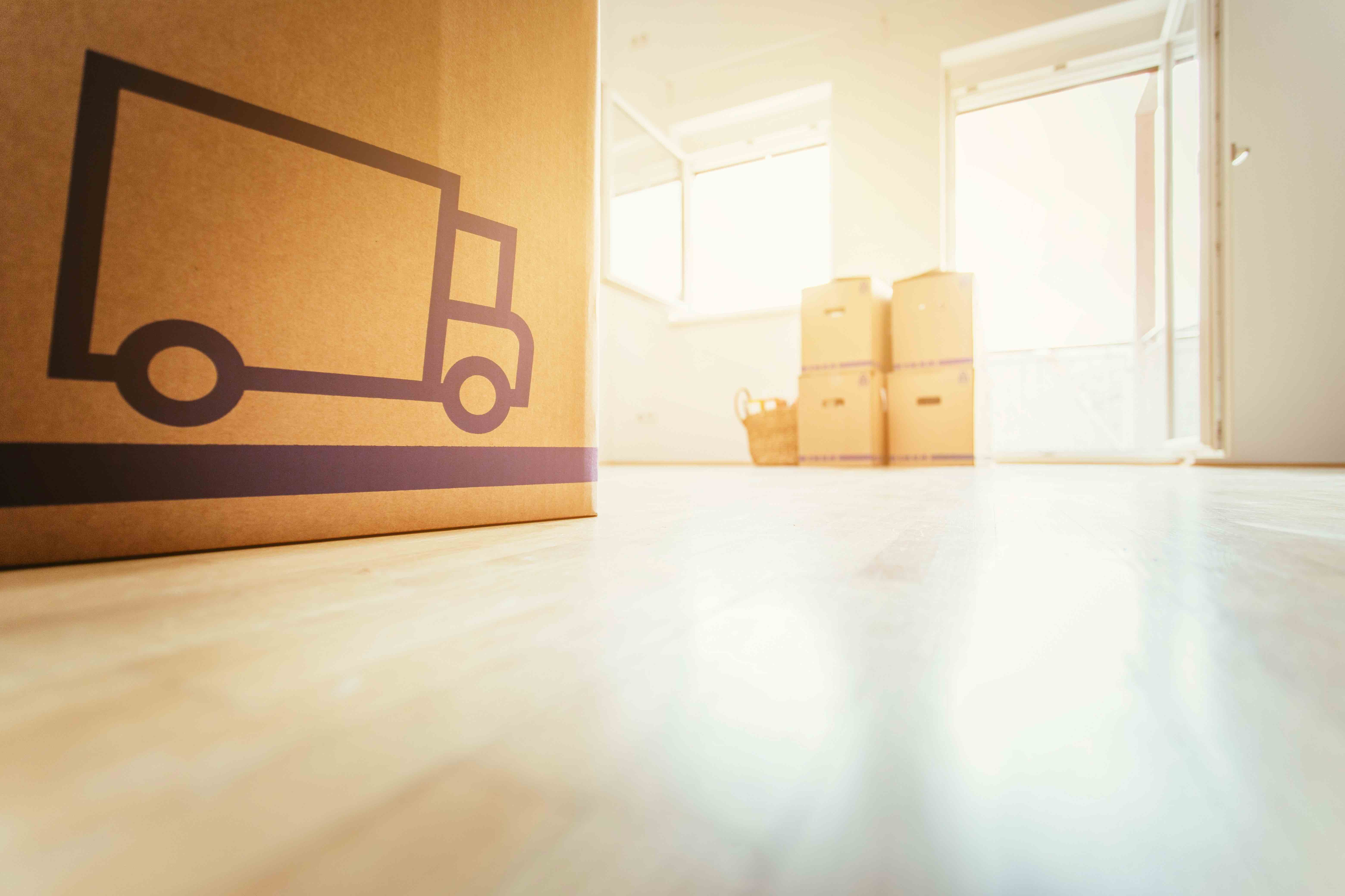 How do moving companies work?